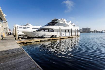 Los Angeles Yacht Rental